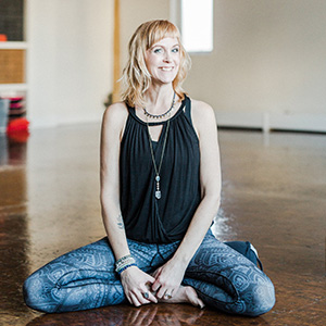Dawn Bayers yoga-santosha-teacher