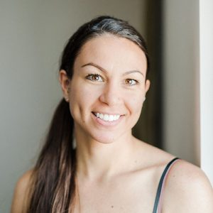 Stephanie Nosco meet the team yoga santosha teacher